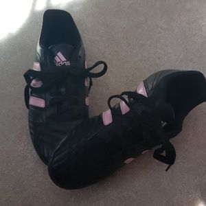 Girls sport cleats